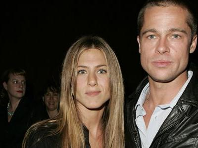 Jennifer Aniston Is Ready to Move in With Brad Pitt - and We're Like, Slow Down Girl