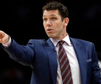 Sports reporter claims Luke Walton sexually assaulted her