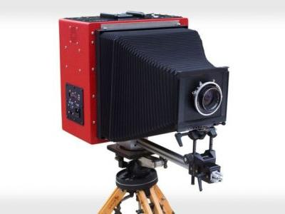 LargeSense Unveils World's First Single Shot 8×10 Digital Camera
