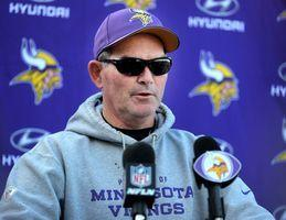 Zimmer to have emergency eye surgery