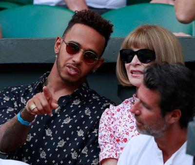 F1 champion Lewis Hamilton signs new contract with Mercedes