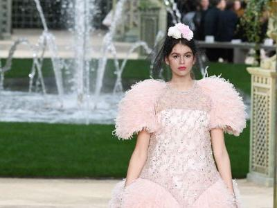 Inside the Fanciful Garden Party That Was Chanel's Spring 2018 Couture Show