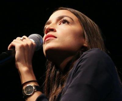 Ocasio-Cortez Responds to Journalist Who Mocked Her Congressional Clothes: 'Dark Hates Light - That's Why You Tune it Out'