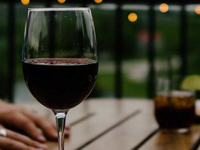 It's National Drink Wine Day! 5 awesome facts about your favorite beverage