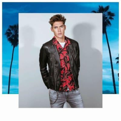 Isaac Carew Embraces LA Vibes for Antony Morato Spring '19 Campaign