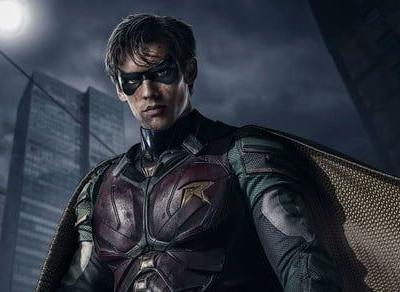 Robin goes gritty in first trailer for DC's 'Titans' streaming series