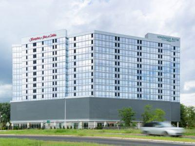 New Dual-Brand Hilton Hotel Opens in Teaneck Glenpointe, New Jersey