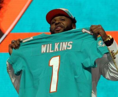 Watch: Miami Dolphins' Christian Wilkins ejected for throwing punch