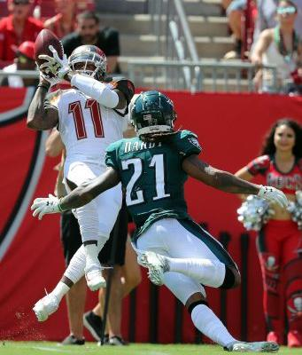 Buccaneers agree to trade DeSean Jackson back to Eagles