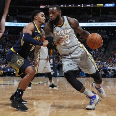 LeBron James scores Cleveland Cavaliers' final nine points, including dagger fadeaway, to beat Nuggets