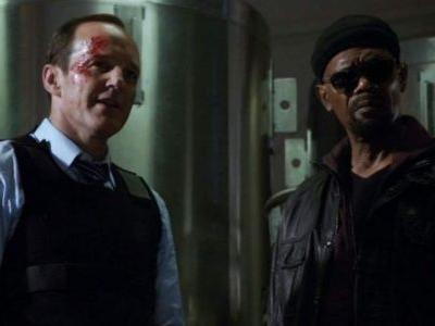 """Nick Fury and Phil Coulson Have a """"Meet-Cute"""" in 'Captain Marvel,' Clark Gregg Teases"""