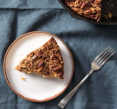 Pumpkin Skillet Coffee Cake With Streusel Topping