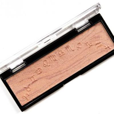 Wet 'n' Wild Fire MegaGlo Highlighting Bar Review & Swatches