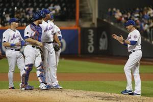 Pirates rally for 4 runs in 9th to beat beleaguered Mets 5-3