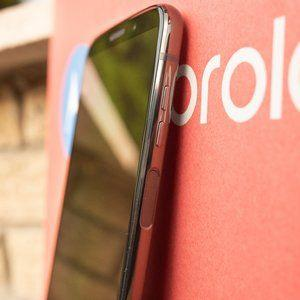 Motorola's phones could soon do away with all physical buttons