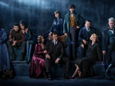 'Fantastic Beasts: Crimes of Grindelwald' Features Lots of Late-'20s Parisian High Fashion Influences