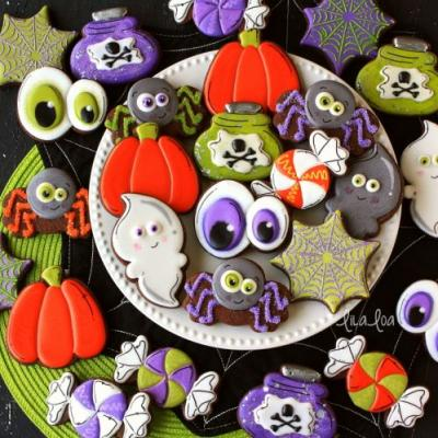 Flash Post - Sweet Sugarbelle Halloween Cookie Cutters