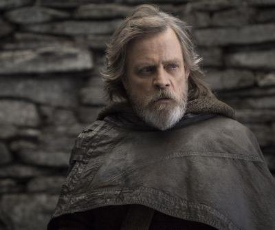 'The Last Jedi' opens with $220M, falls short of 'The Force Awakens'