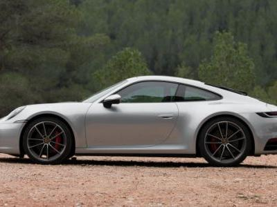 Porsche Only Produces Two Identical 911s Per Year: Report