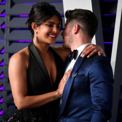 Priyanka Chopra & Nick Jonas Are Having FaceTime Sex & I'm Burnin Up Just Thinking About It