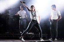 Christine and the Queens Dominates Performance of 'Girlfriend' on 'Tonight Show': Watch