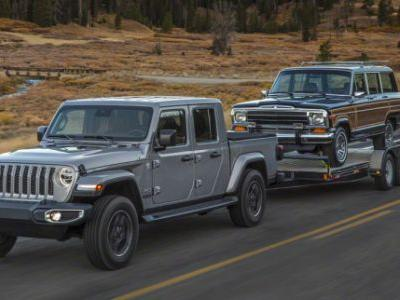 The 2019 Jeep Gladiator Is The Glorious Jeep Pickup You've Been Dreaming of for the Past 26 Years