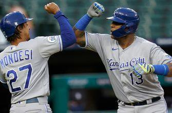 WATCH: Salvy smacks home run, doubles in fifth straight multi-hit game