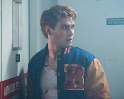 New Pics from Riverdale Season 2 Premiere 'A Kiss Before Dying'