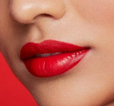 How to Keep Your Lipstick from Bleeding