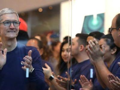 The iPhone X Actually Failed During The 2017 Holidays, But A New iPhone SE Might Bode Well For Apple