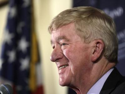 Weld takes GOP bid to oust Trump to NH. Voters are confused