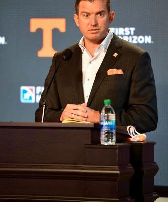 Tennessee athletics director Danny White to receive $1.8M initially in five-year rolling contract