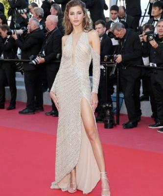 Valery Kaufman looked sensational in GEORGES HOBEIKA for the