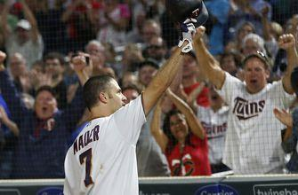 Mauer's slam leads Twins past Yankees 10-5