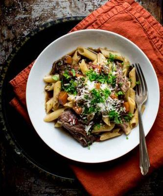 Slow cooker beef with pasta and porcini mushrooms