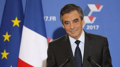 France election: Fillon set to beat Le Pen as poll shows 66% support