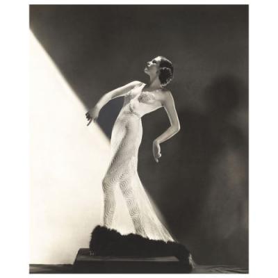 'Night and Day: 1930s Fashion and Photographs' At The Fashion And Textile Museum