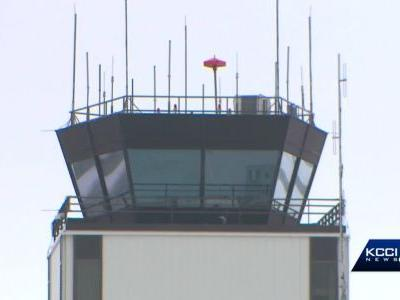 No paycheck, sinking morale hits Des Moines' air traffic controllers