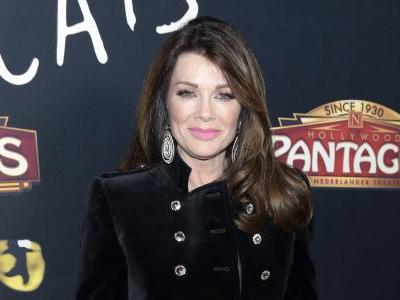 Lisa Vanderpump Speaks Out for the First Time Since Her Mother's Death: 'A Tragic Year for Sure'