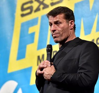 Tony Robbins has apologized for saying women use the MeToo movement to 'get significance and certainty by attacking and destroying someone else'