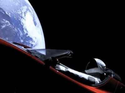 Here's how to keep track of Elon Musk's Roadster and Starman in space