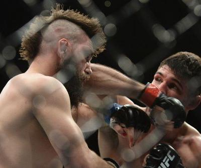 Watch highlights from the Vicente Luque vs. Bryan Barberena instant classic at UFC on ESPN 1