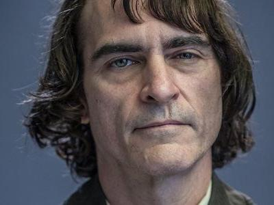 See Joaquin Phoenix In His Joker Makeup For The New DC Movie