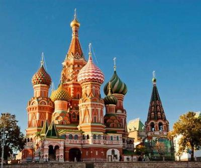 A Guide to Visiting Russia's Two Biggest Cities