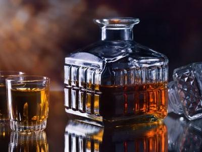 Ask Adam: Help! Is My Crystal Decanter Contaminating My Whiskey?