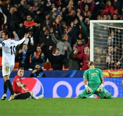 Valencia 2 Manchester United 1: Jones scores own goal as Red Devils limp through