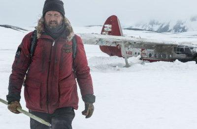 Arctic Trailer Has Mads Mikkelsen in a Deadly Fight for