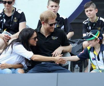 11 Pics Of Prince Harry & Meghan Markle Talking To Kids That Prove They're Ready To Be Parents