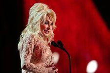 Dolly Parton Collects Two Guinness World Records