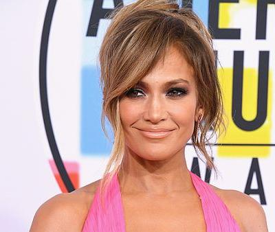 J Lo's New Hair Makeover Shows Off a Modern Way to Wear Bangs